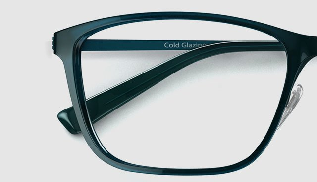 Durable and ultra-thin, discover memory plastic frames for men and women at Specsavers.com now along with a host of other cutting-edge frame features